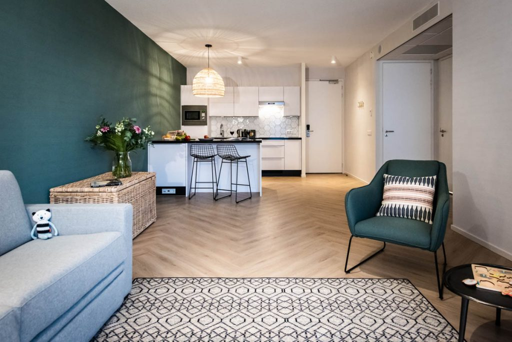 YAYS Amsterdam Docklands, One Bedroom Comfort Apartment, Living Room