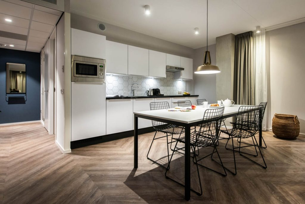 YAYS Amsterdam Docklands, Two Bedroom Apartment, Kitchen room