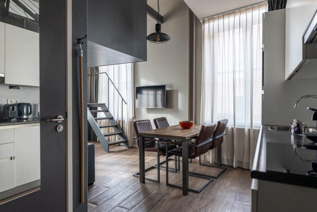 YAYS Amsterdam Maritime, Duplex Studio, Dining Room
