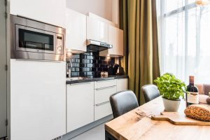 Amsterdam East by YAYS, One Bedroom Access Apartment, Kitchen